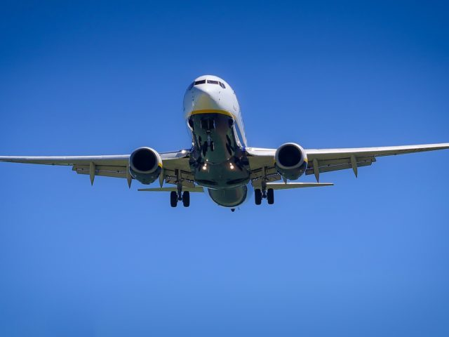 http://speed-trust.com/wp-content/uploads/2018/04/aircraft-3075056_1920-640x480.jpg